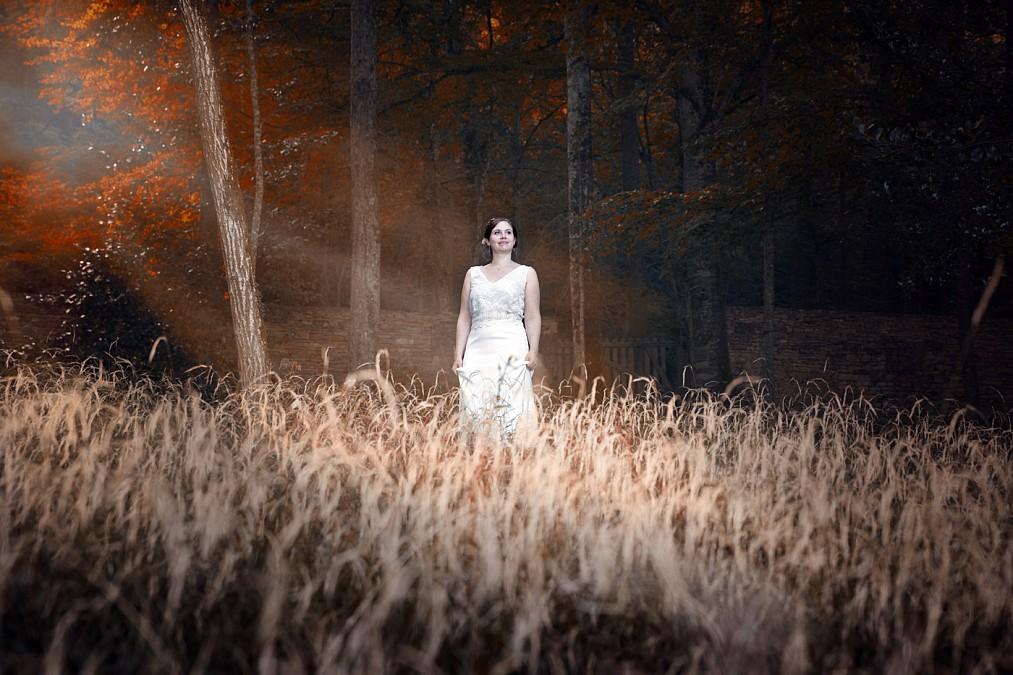 Belle lumière au château d'entre deux monts pendant la séance photo avec mes jolis mariés. Alain Dumoux photographe